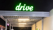 Delhaize opent drive through