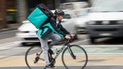 Britse koeriers Deliveroo crowdfunden staking